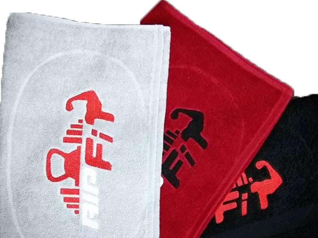 Kurumsal Havlu Logo Nakışlı Özel Tasarım 50x90 Kırmızı Siyah ve Beyaz Renkli Spor Salonu Havlusu