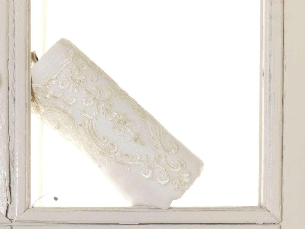 Fransız Güpürlü 50x90 Kadife Havlu Yıldız Anna Karina Lüks