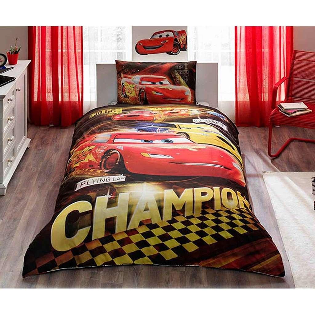 Taç Lisanslı Disney Cars Champion Tek Kişilik Nevresim Takımı