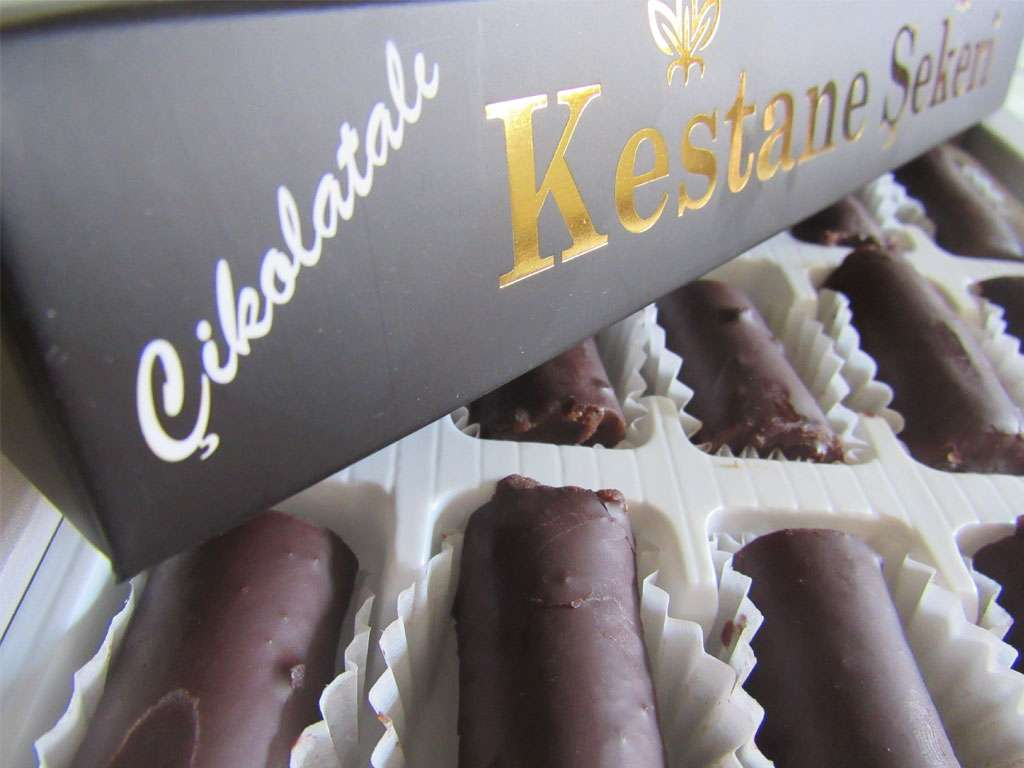 Çikolatalı Kestane Şekeri Lüks Kutu