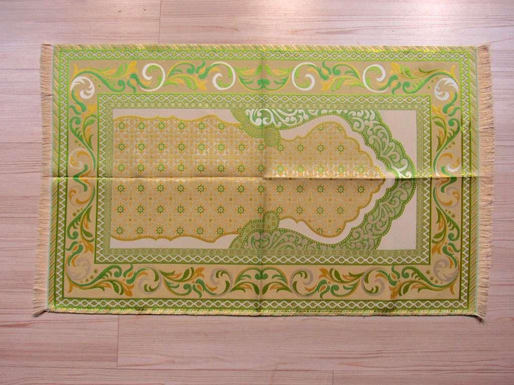 Seccade Yeşil  Tonlarında  İpek Serisi Ekonomik Seccade