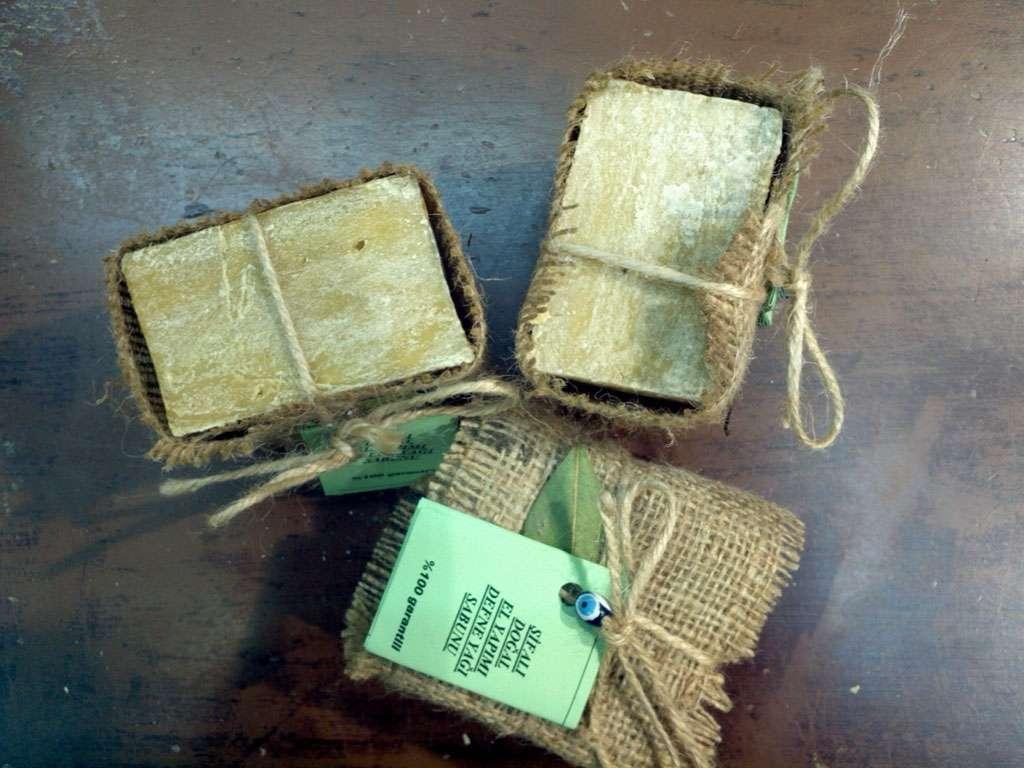 Defne Yağı Sabunu %100 El Yapımı Doğal Naturel
